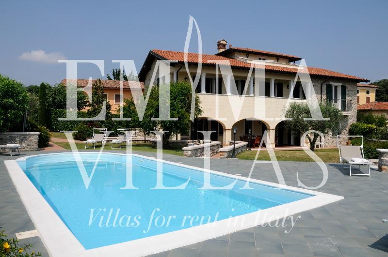 Villa Ardea 8 - Image 1 - Desenzano Del Garda - rentals