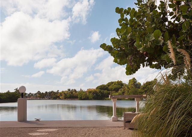 Walk to Sombrero Beach - Image 1 - Marathon - rentals