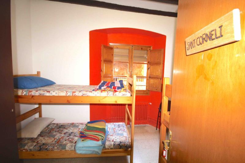 Alberg de Talarn - Sant Corneli - Quadruple Room - Image 1 - Talarn - rentals