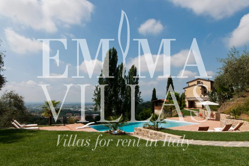 Villa in the Tuscan Hills with Panoramic Views - Image 1 - Lucca - rentals
