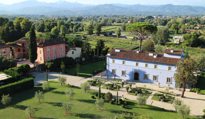 Stunning Tuscan Villa and Spa in hills near Lucca - Image 1 - Lucca - rentals