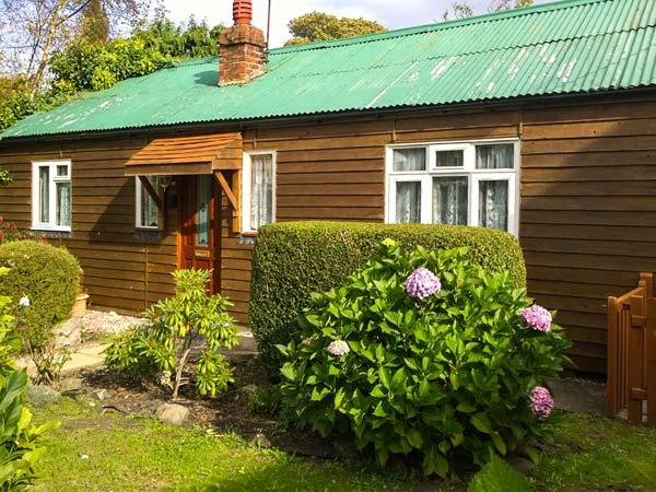 LLWYN ONN, pet friendly, country holiday cottage, with a garden in Nercwys, Ref 1960 - Image 1 - Nercwys - rentals