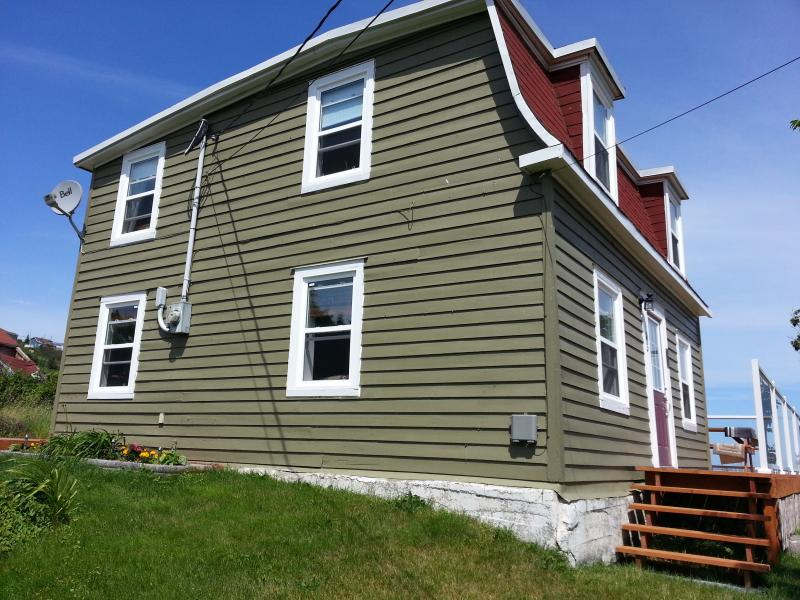 House front - Historic Seaside Cottage (10 mins from St. John's) - Torbay - rentals