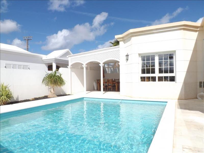 Villa LVC196740 - Image 1 - Puerto Del Carmen - rentals