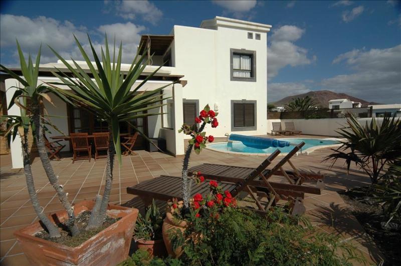 Villa LVC197470 - Image 1 - Playa Blanca - rentals