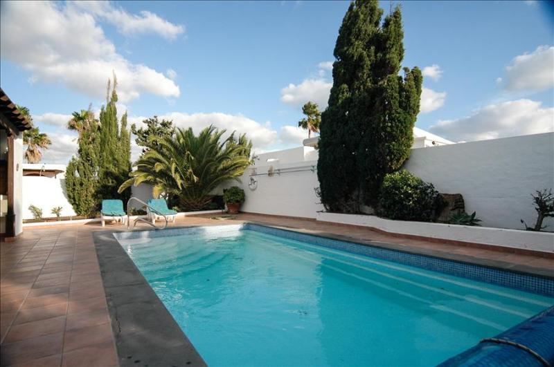 Villa LVC200581 - Image 1 - Puerto Del Carmen - rentals