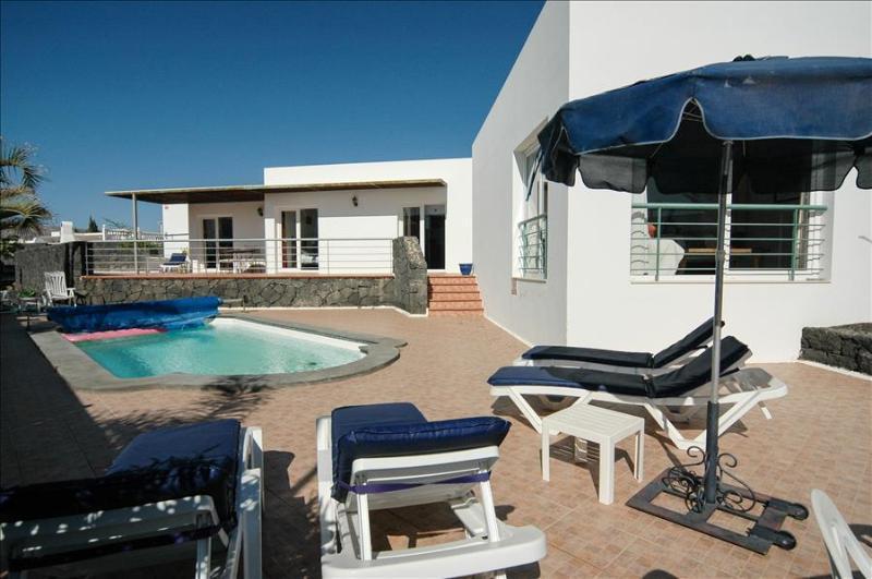 Villa LVC200582 - Image 1 - Puerto Del Carmen - rentals