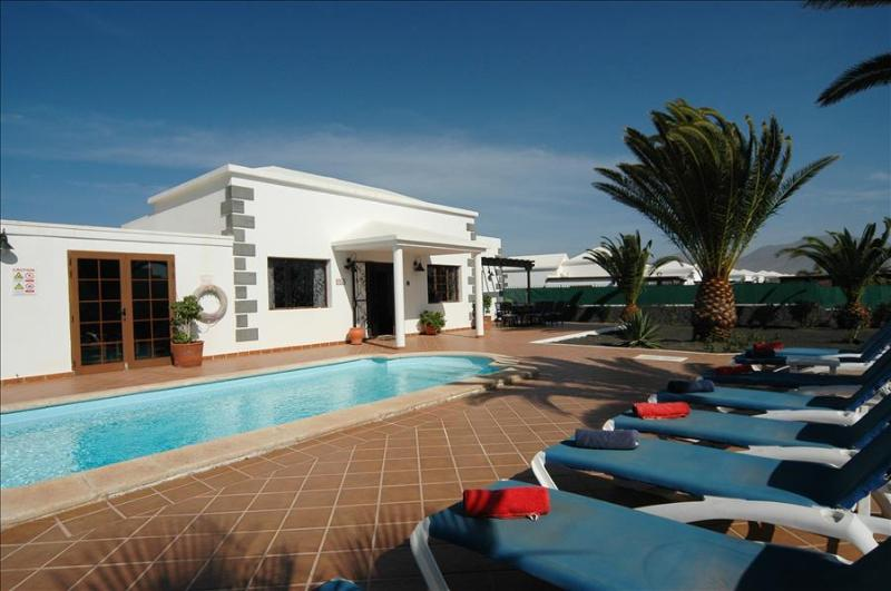 Villa LVC200828 - Image 1 - Playa Blanca - rentals