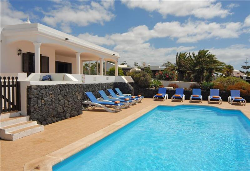 Villa LVC200823 - Image 1 - Playa Blanca - rentals