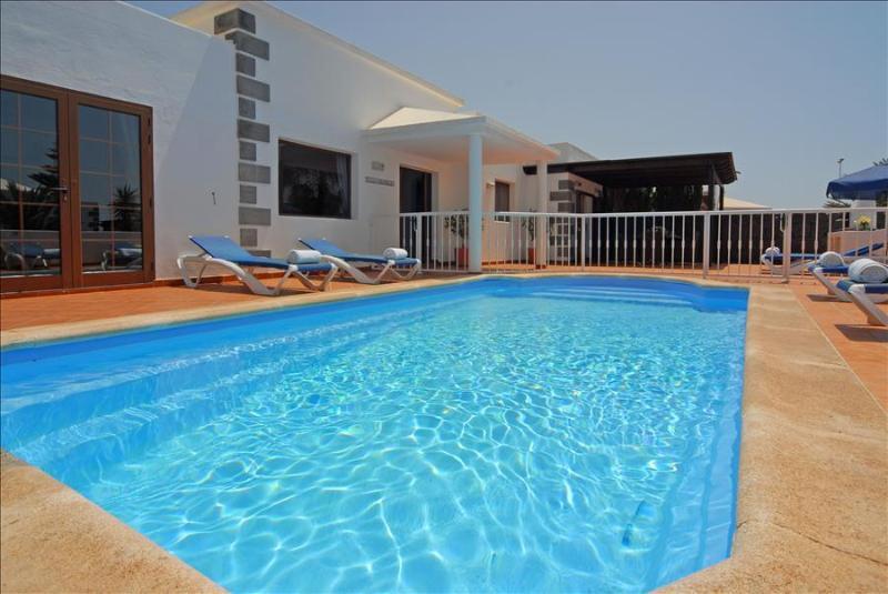 Villa LVC201050 - Image 1 - Playa Blanca - rentals