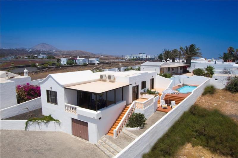 Villa LVC204893 - Image 1 - Puerto Del Carmen - rentals