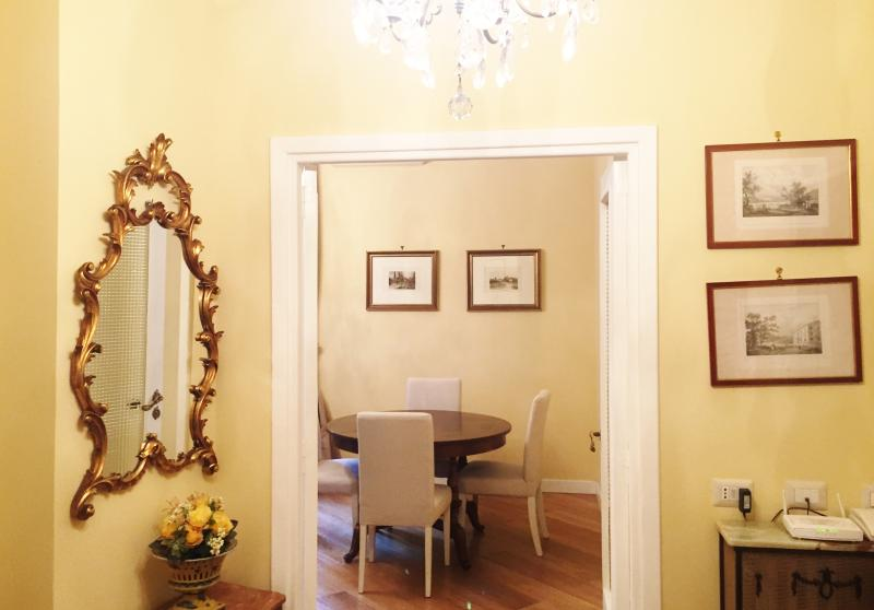 Casa Vacanza Melinda, charm in the center of Rome - Image 1 - Rome - rentals