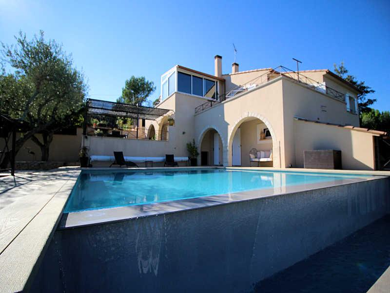Nîmes Gard, Villa 7p. air-condition, private pool, 3 km from town center - Image 1 - Nimes - rentals