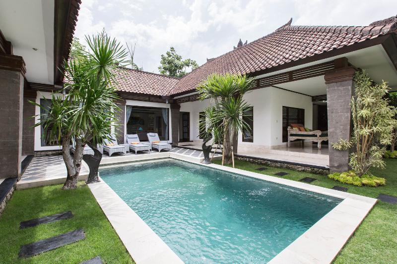 The Pool - Villa Aramis: 2 Br's villa in central Seminyak. - Seminyak - rentals