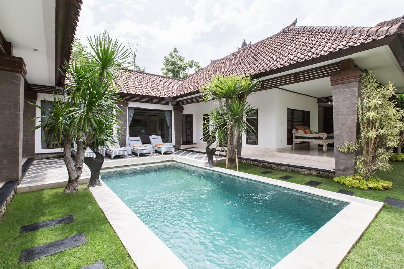 The Pool - Villa Aramis: 3 Br's villa in central Seminyak - Seminyak - rentals