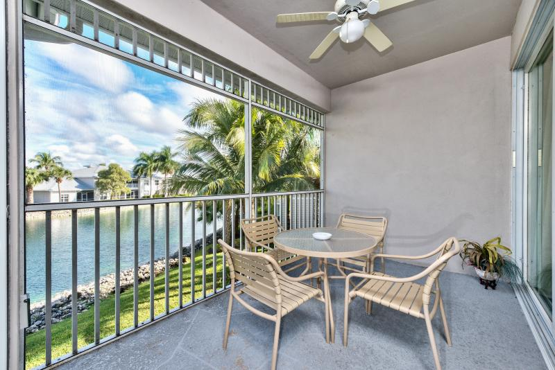 Casabella Golf Condo in Lely Resort Naples Florida Vacation Homes - Casabella Condo at the Lely Resort  *Lake View* - Naples - rentals