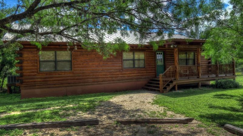 FRONT OF CABIN - Cypress Banks Luxury Log Cabins On The Frio River - Leakey - rentals