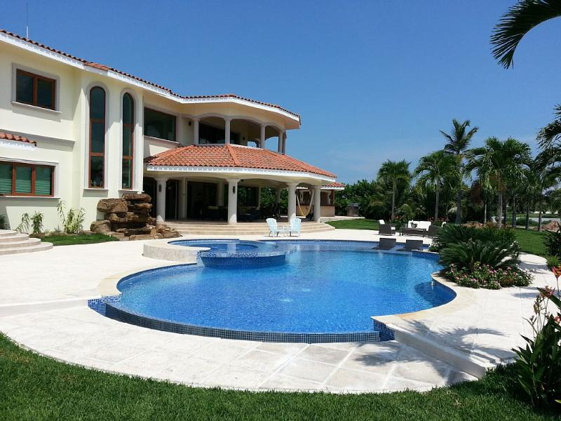 Buenaventura, Luxury Lakefront Mansion - Image 1 - Farallon - rentals