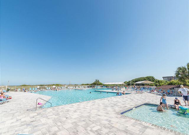 The Island's Most Popular Family Resort. - Beach and Tennis A144, 1 Bedroom, Fully Renovated, Pool, Sleeps 6 - Hilton Head - rentals