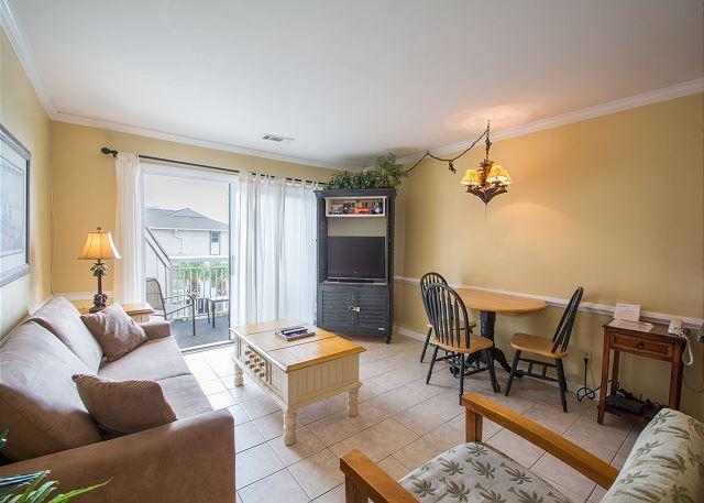 Breakers 318 - Breakers 318, Ocean View, 1 Bedroom, Large Oceanfront Pool, Sleeps 6 - Hilton Head - rentals