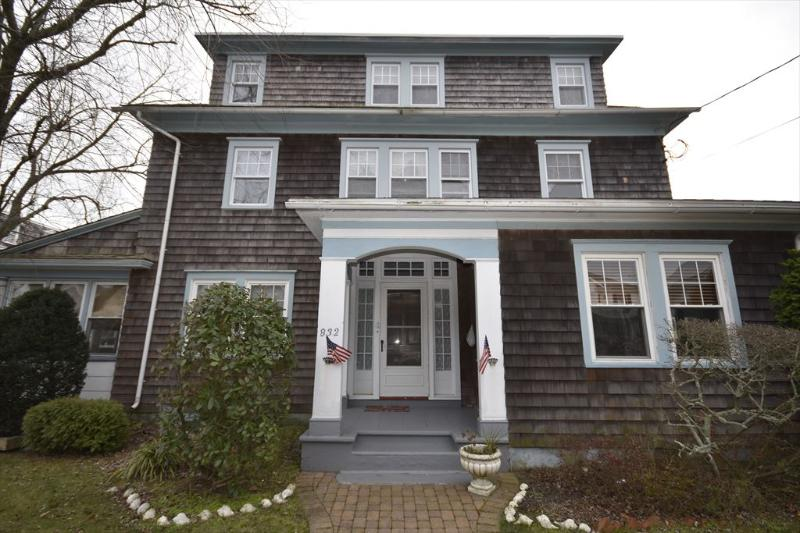 Property 3283 - CLOSE TO BEACH AND TOWN, Kearney Cottage - Cape May - rentals
