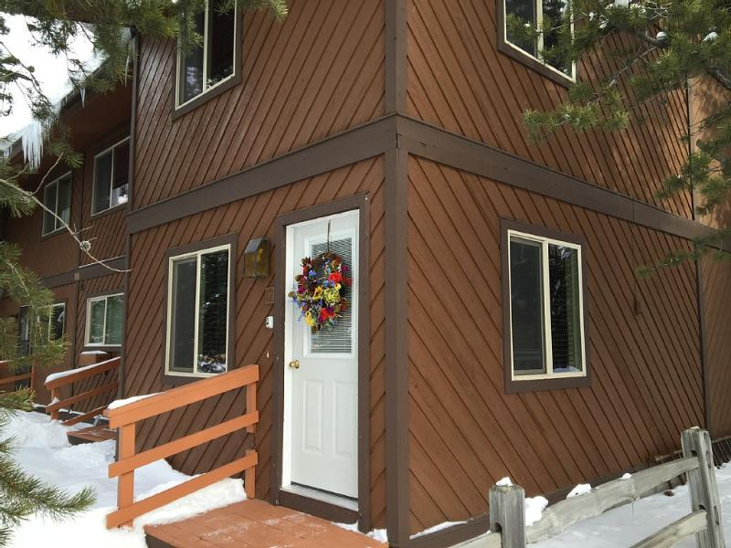corner unit front - Comfortable townhouse, enter dates for pricing up to 8. - West Yellowstone - rentals