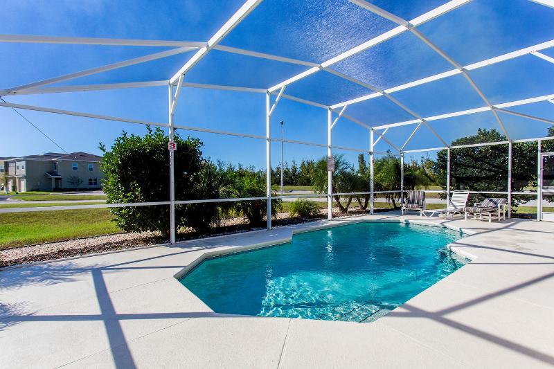 The Pool - Lakeview villa - Davenport - rentals