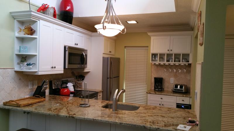 2/2 with Beach/Boat dock/pool - Image 1 - Longboat Key - rentals
