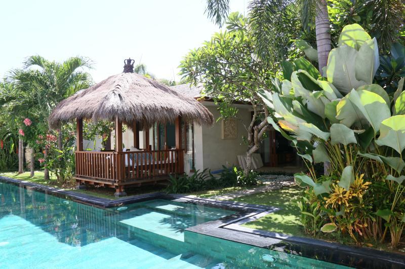 Sparkling pool with lovely bale. - SPARKLING, SPACIOUS, SAFE - Villa Samsara, Canggu - Canggu - rentals
