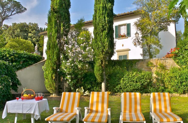 4 bedroom Villa in Cortona, Cortona and surroundings, Tuscany, Italy : ref 2307241 - Image 1 - Cortona - rentals