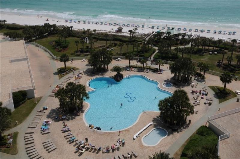 Hello Spring! Stay in the Sunshine! Book Now - Image 1 - Destin - rentals