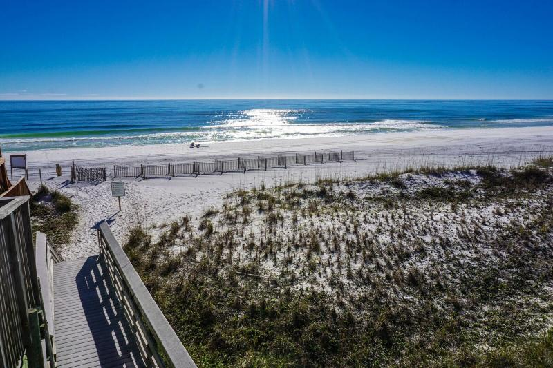 Enjoy this Top Floor Unit And The Views That Come Along With It. - Ciboney 4007 - Destin - rentals
