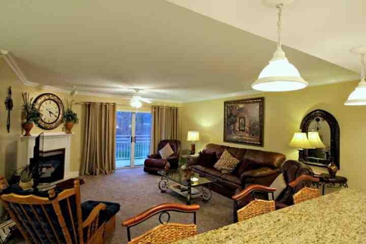 Welcome to Golf Vista #152, a well appointed condominium located right in the heart of Pigeon Forge! - Golf Vista 152 - Luxurious 2BR/2BA Condo~ Located in the Heart of Pigeon Forge - Pigeon Forge - rentals