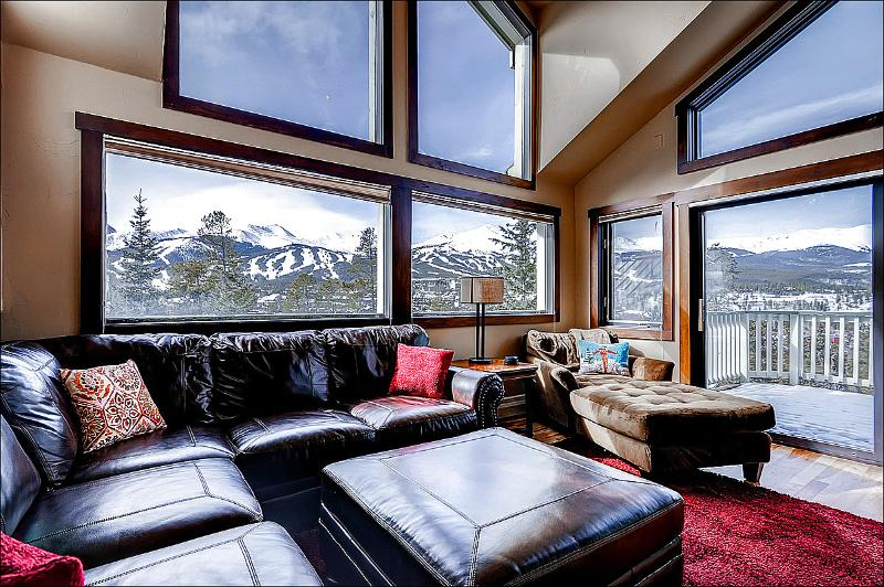 Stunning Mountain Views from the Spacious Living Room - Mountain Range Vista Views - Close to Town and Activities (13489) - Breckenridge - rentals