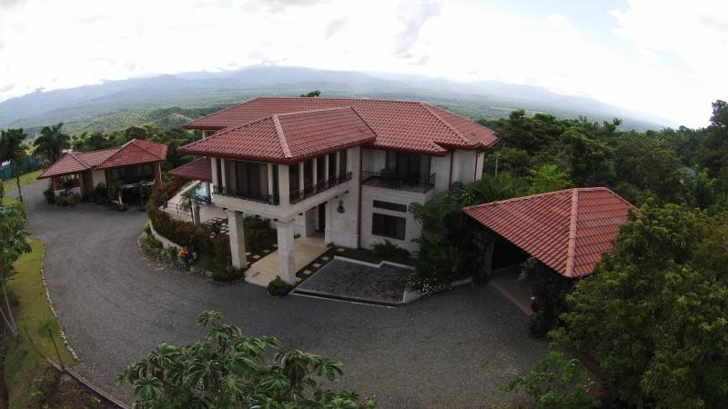 Luxury Hilltop Homes Overlooking the Pacific - Image 1 - Manuel Antonio National Park - rentals