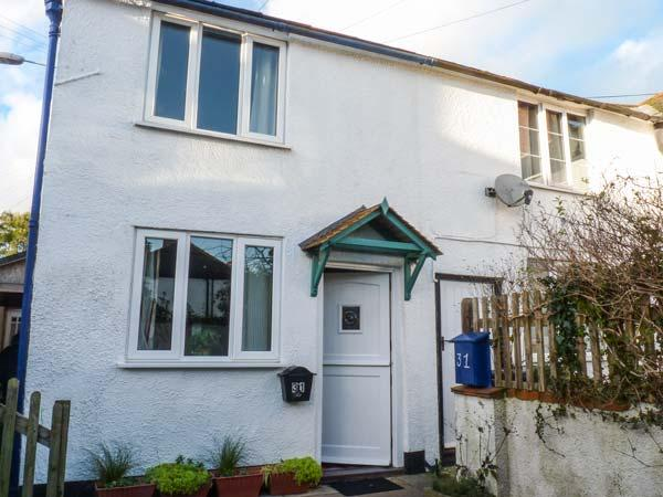 FARTHING COTTAGE, end-terrace, woodburner, enclosed garden, in Honiton, Ref 919645 - Image 1 - Honiton - rentals