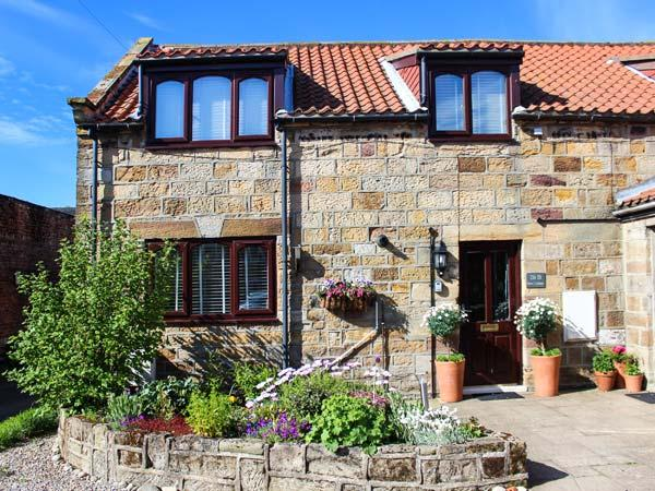 BARN COTTAGE, barn conversion, ideal for couples, with three bedrooms and a - Image 1 - Hinderwell - rentals