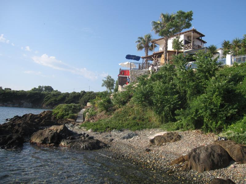 Small beach 2. View from the north. - VIlla Chara - Beachfront 4BR - Ammouliani Island - Ammouliani - rentals