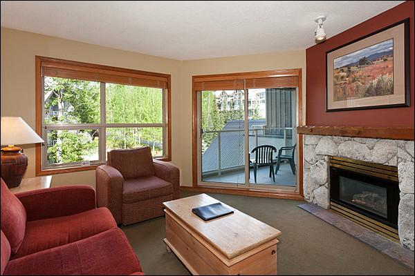 Cozy Living Area with Gas Fireplace, TV & Balcony Access - Highly Sought After Location - Year Round On-Site Outdoor Pool & Hot Tub (4065) - Whistler - rentals