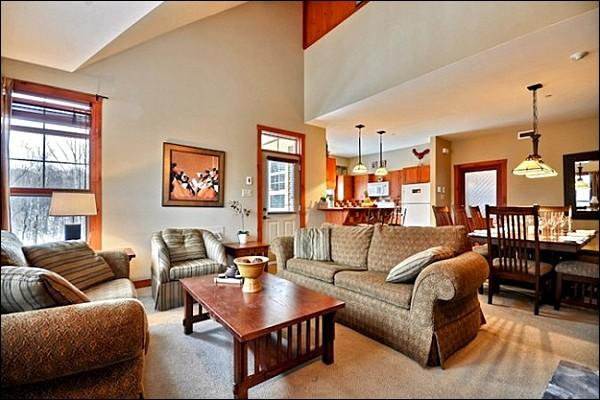 Cozy and Charmin Living Room - Beautiful  Resort Views - Year Round Hot Tub (6179) - Mont Tremblant - rentals
