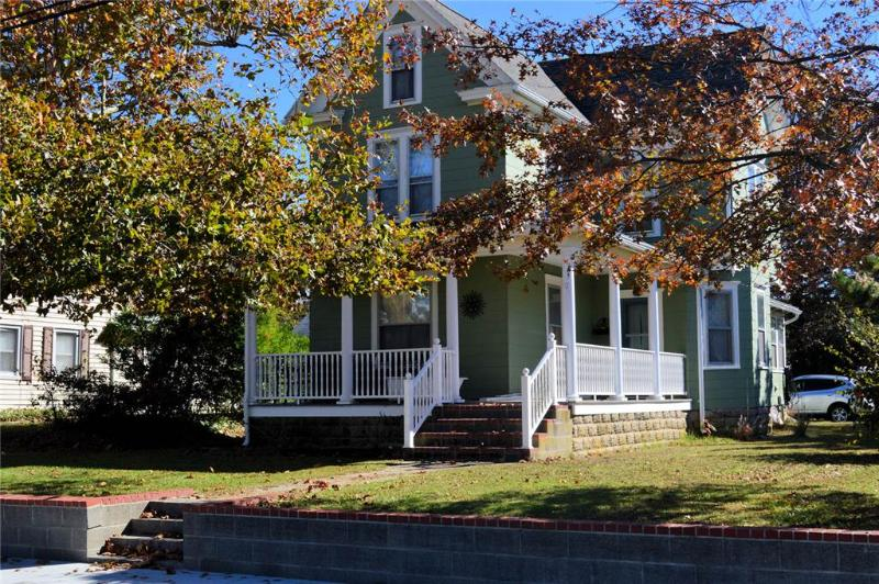 Channel View - Image 1 - Chincoteague Island - rentals