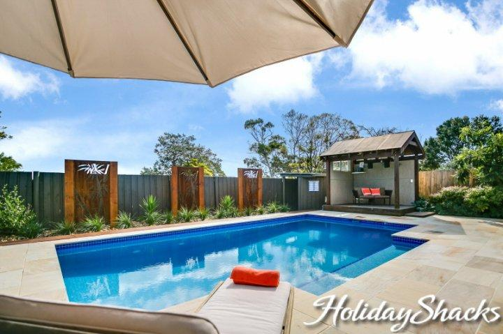 Villa La Vue - Luxury Mornington Retreat - Image 1 - Mornington - rentals