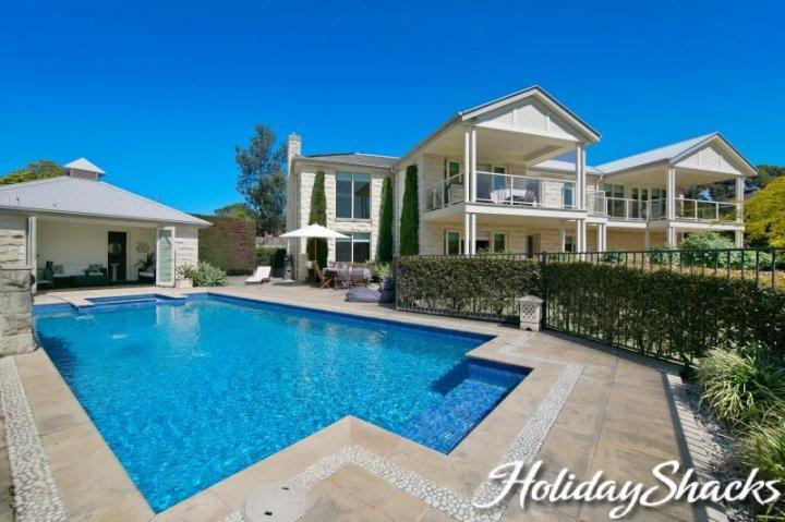 Alkira Beach Retreat - Luxury Mount Martha Escape - Image 1 - Mount Martha - rentals
