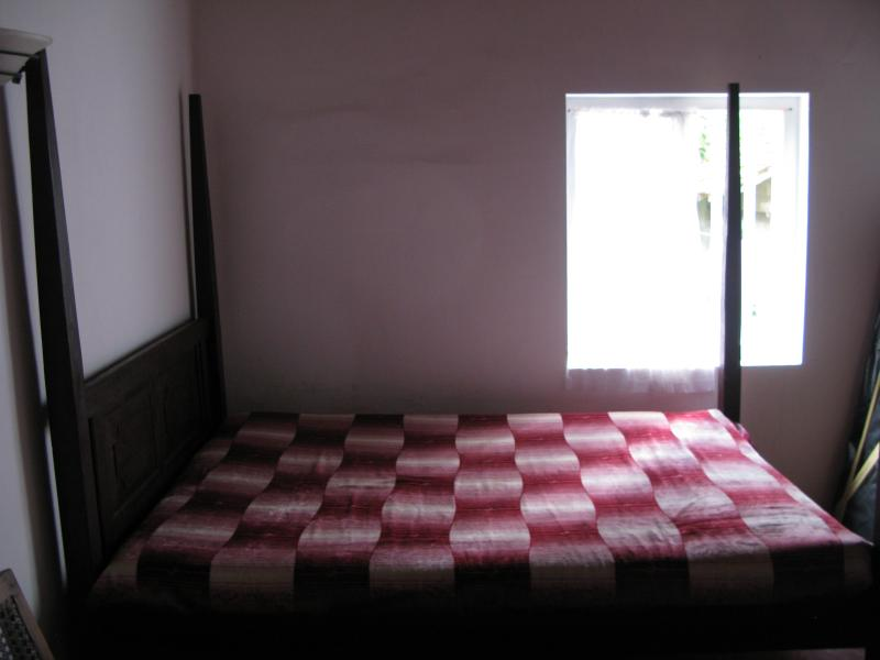 Comfortable  large beds - Colonial Bungalow - A home away from Home - Hikkaduwa - rentals