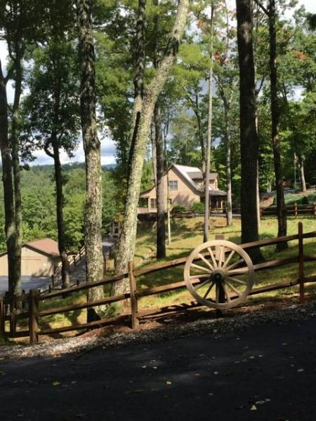 Happy Trails - Image 1 - Boone - rentals