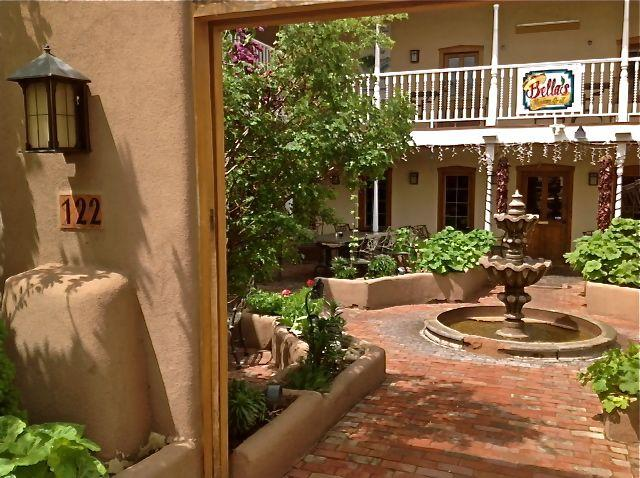 Architect's Space, Taos Plaza, 1-9 Guests - Image 1 - Taos - rentals