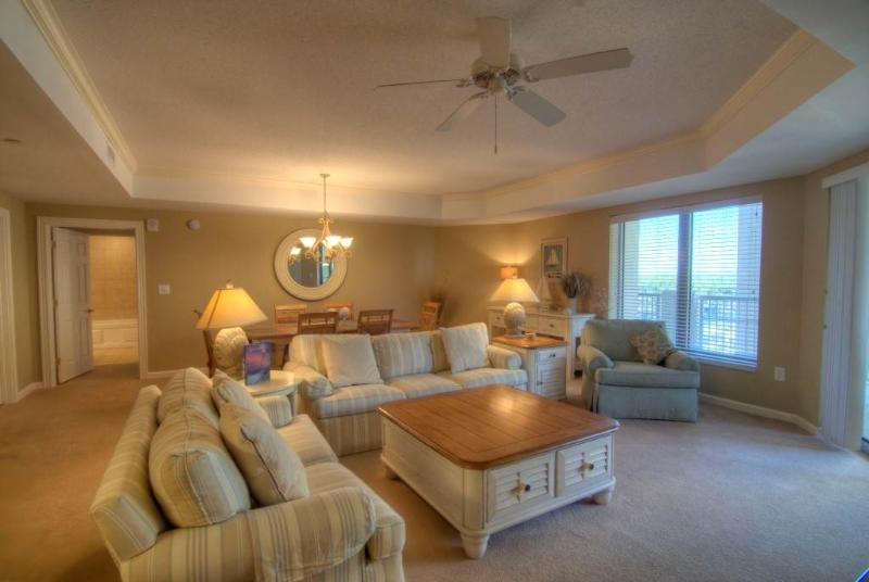 Royale Palms Myrtle Beach Condo in Great Location and with a Pool - Image 1 - Myrtle Beach - rentals