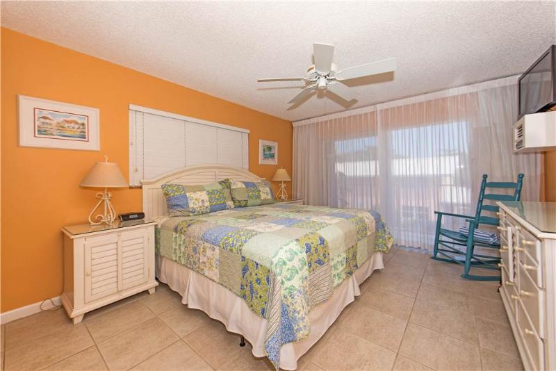 Ocean-front 2BR condo, King & Twin beds #9 - Image 1 - Seven Mile Beach - rentals