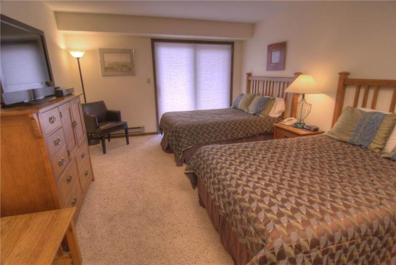 Avon Center 301-A, Hotel Room - Image 1 - Avon - rentals
