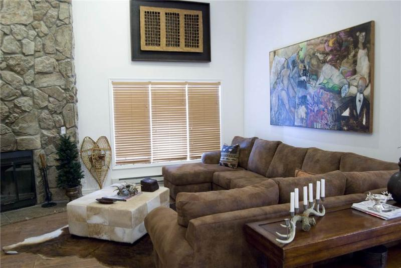 Avon Center 808, 3BD Penthouse - Image 1 - Avon - rentals